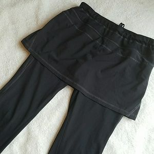 Athleta Skirted Leggings Size Small
